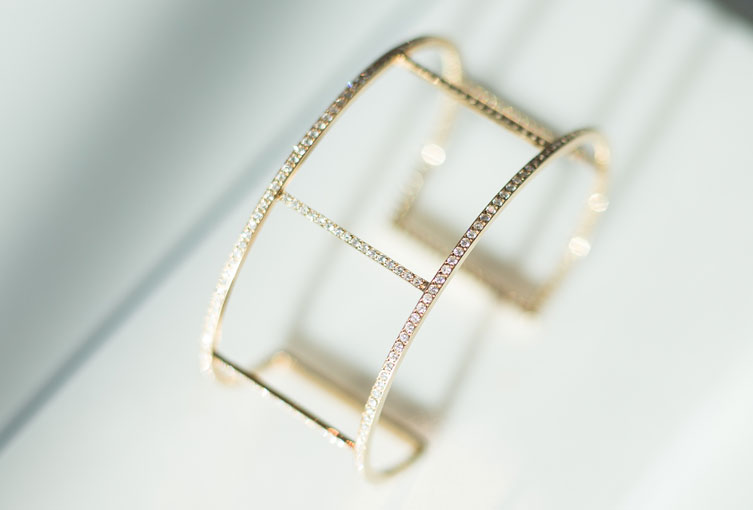alexandra-ileana-makri-bracelet_753x650_B